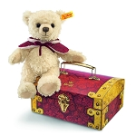 Clara Teddy Bear in Treasure Chest