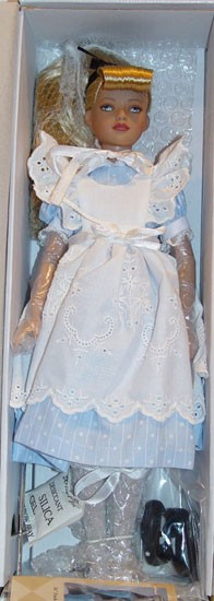 Robert Tonner Classic Alice Doll