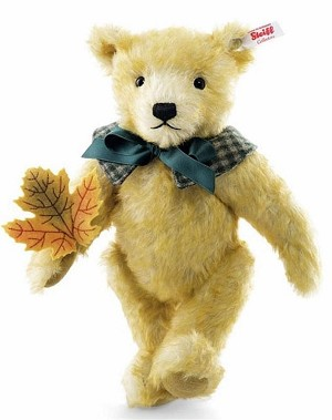 Steiff 2016 Collector Club Maple Bear
