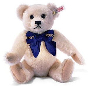 "Mohair Teddy Bear ""A Million Hugs"" (White)"